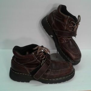 Dr. Martens UK 9 Chunky boots lace up buckle